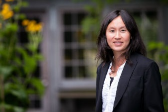 UW Bioengineering assistant professor Dr. Kim Woodrow
