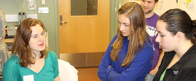 Bioengineering student leads outreach session with high school students