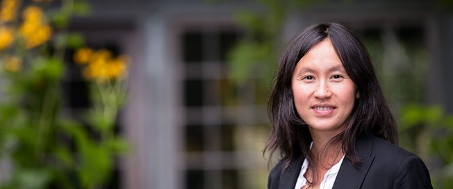 UW Bioengineering assistant professor Kim Woodrow