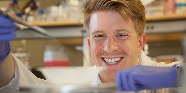 Hunter Bennett, UW Bioengineering senior and Dean's Medal recipient