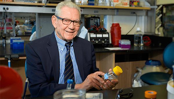 UW Bioengineering Prof. Emeritus Allan Hoffman