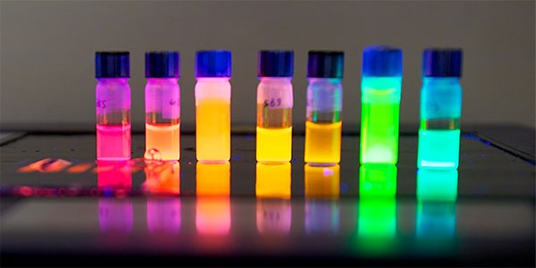 Colorful nanotubes