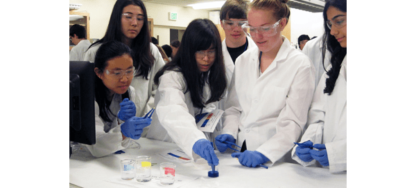 Students participating in 2016 BioE summer camp