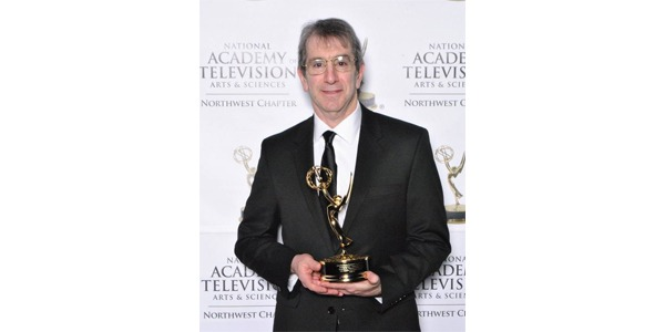 Eric Chudler with 2017 NW Emmy Award
