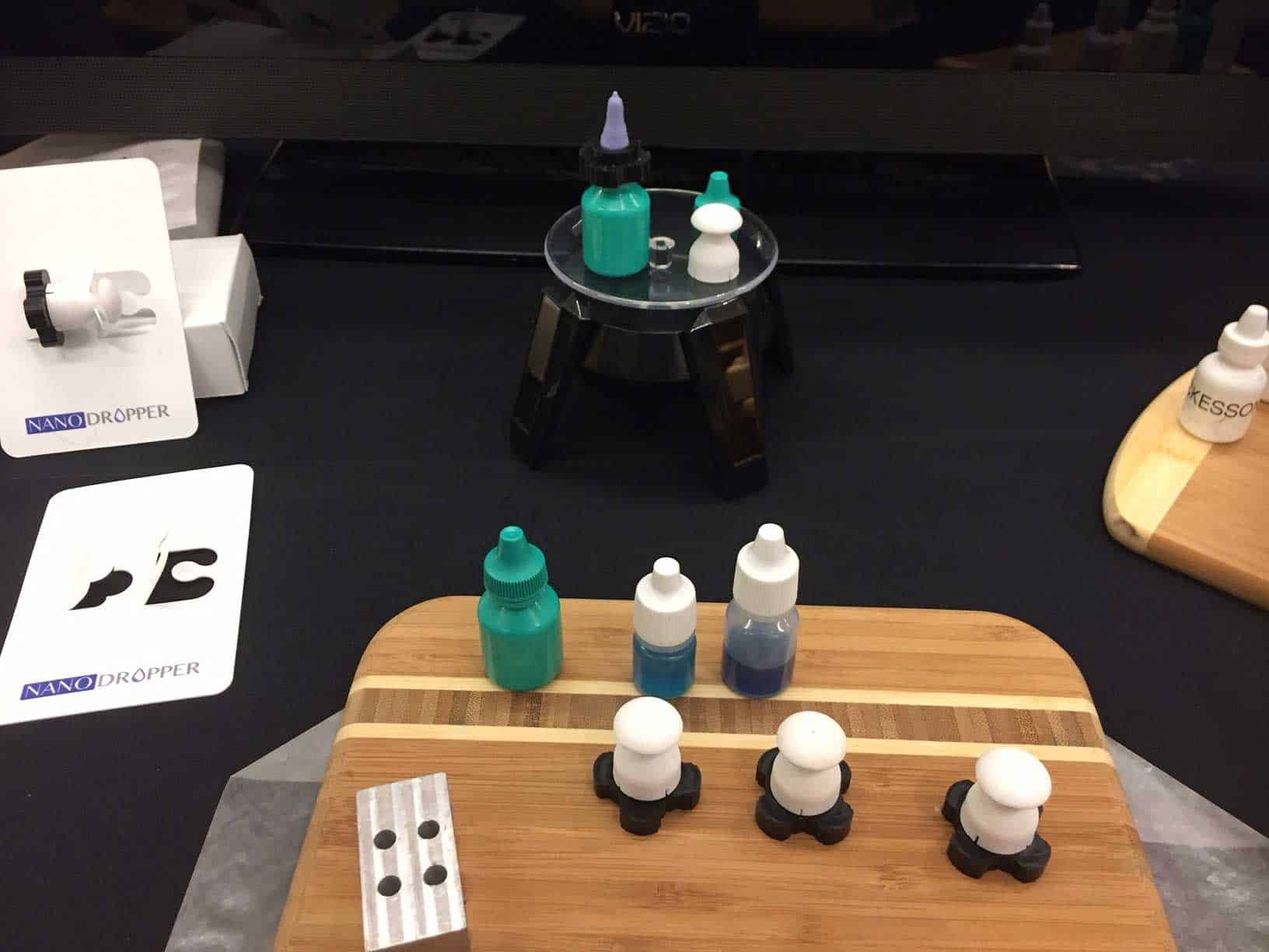 sample bottles and adapters from Nanodropper