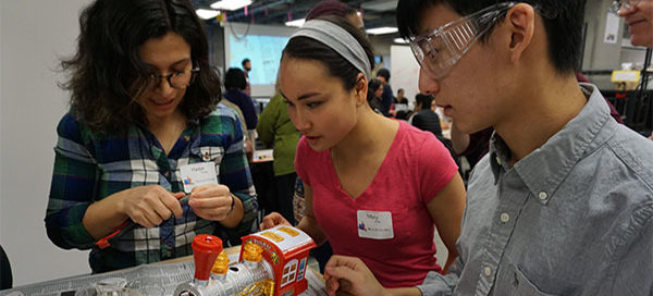 BioE students teach toy adaptation at Holiday Toy Hack event