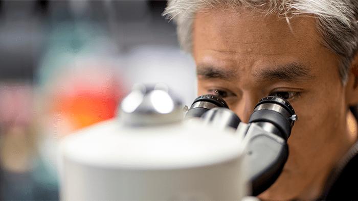Daniel Chiu with microscope
